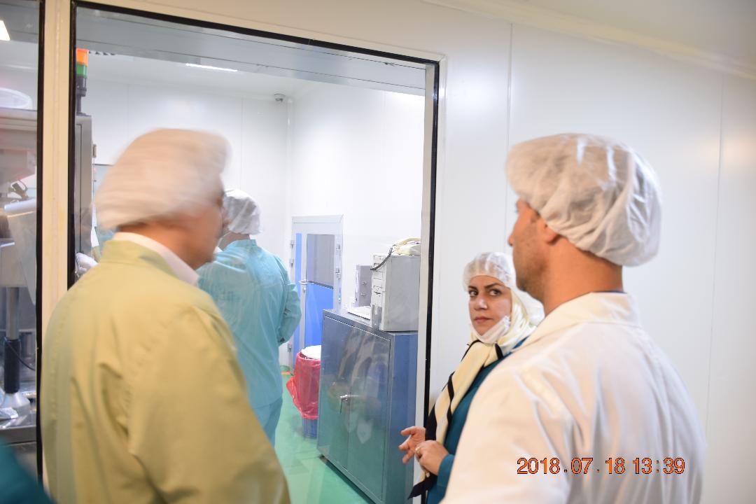 بازدید مدیران عالی شرکت داروسازی  باریج اسانس از خط تولید شرکت داروسازی  امین