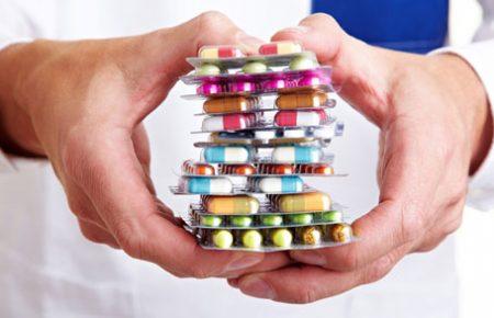 بررسی علل شیوع مصرف خودسرانه دارو در میان عامه مردم کشور ایران